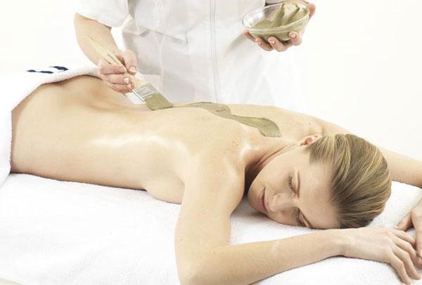 massaggio-fangomassaggio-corpo